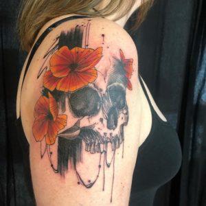 Anais - Tatouage Skull
