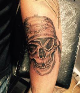 Tia Ink - Tatouage Skull
